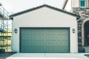Як продати гараж: документи, оформлення і податки при продажі гаража в Україні